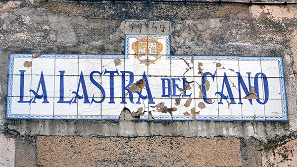 letrero-antiguo-fachada